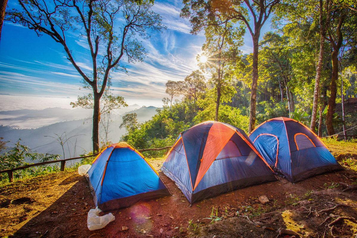 A Outstanding And Loving Camping Getaway - Plan it With The Right Camping Equipment